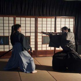 【松本城から徒歩2分!】サムライ殺陣体験